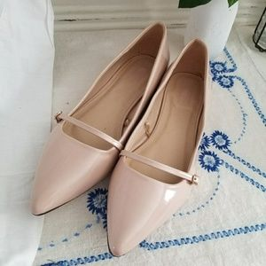 Forever 21 pale pink patent leather flats sz 10